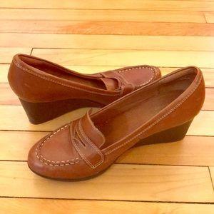 8.5 clerks dress heel